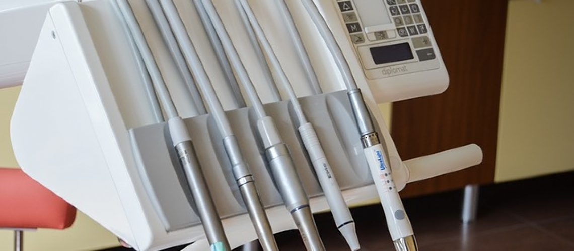 Ortodonta w Radomiu czyli Orzeł Stomatologia | Chirurg | Badania zęba RTG